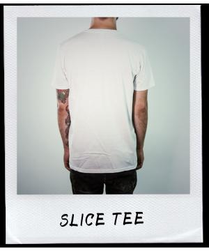 SLICED TITLE TEE
